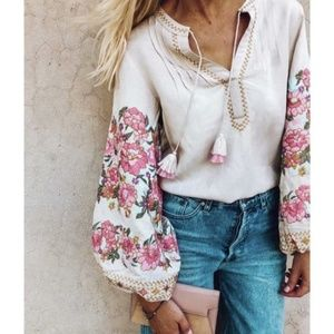 KOURTNEY Embroidered Sleeve Floral Print blouse